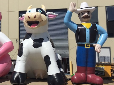 Inflatable Cow Promotion