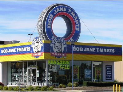 Bob Jane Giant Rooftop Inflatable Tyre